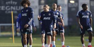Fenerbahçe, Süper Lig'in 38. haftasında Alanyaspor'a konuk olacak