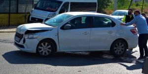 Darıca Nene Hatun Mahallesi'nde trafik kazası meydana geldi