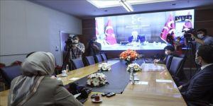 AK Parti heyeti, CHP ve MHP heyetleri ile video konferans aracılığıyla bayramlaştı