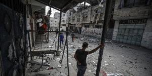 İsrail'in Gazze'ye düzenlediği saldırılarda vefat edenlerin sayısı 63'ü çocuk olmak üzere 220'ye yükseldi