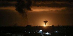 İsrail, Gazze Şeridi'nde evler, tarım arazileri ve Filistin direniş gruplarının mevzilerini hedef aldı