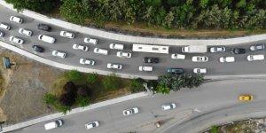 Kuyumcukent'te İBB'nin yaptığı kavşak çalışması trafiği kilitledi