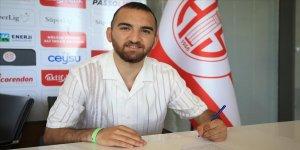 Antalyaspor, ümit milli futbolcu Erkan Eyibil'i transfer etti