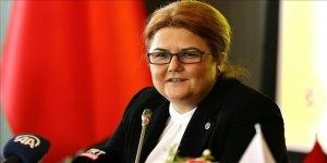 Aile ve Sosyal Hizmetler Bakanı Yanık, Babalar Günü'nü kutladı