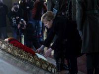 Merkel Anıtkabir'i ziyaret etti