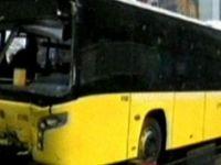 Metrobüsün Çarptığı Kişi Olay Yerinde Can Verdi