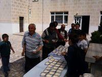 Cemaate sütlaç dağıtıldı