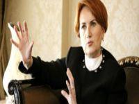 MHP, Meral Akşener'i Eşiyle Vurdu