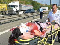Otomobil iki TIR arasında sıkıştı: 1 ölü, 7 yaralı
