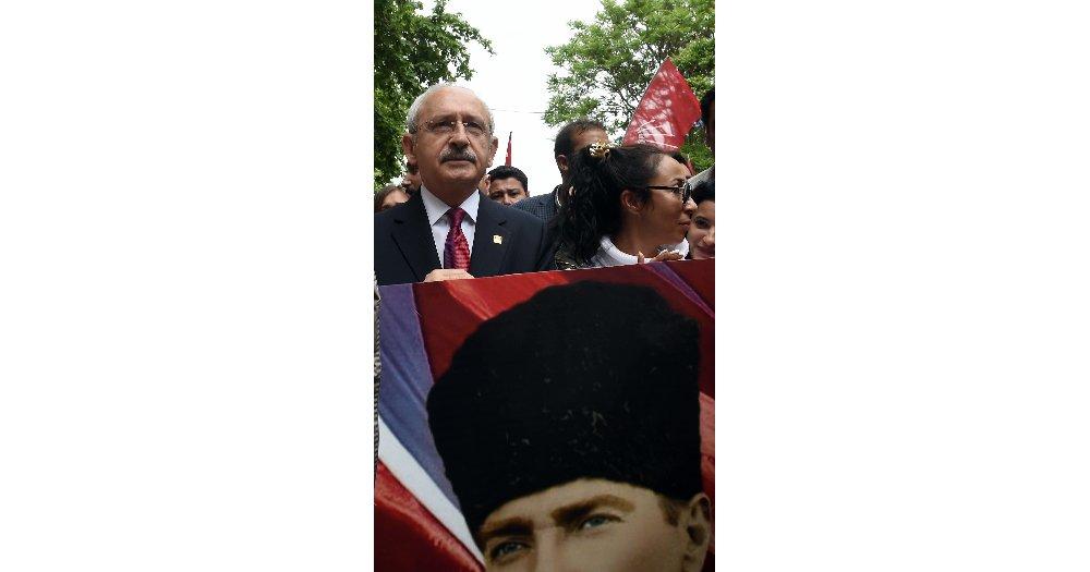 Chp'den Anıtkabir'e 19 Mayıs Yürüyüşü