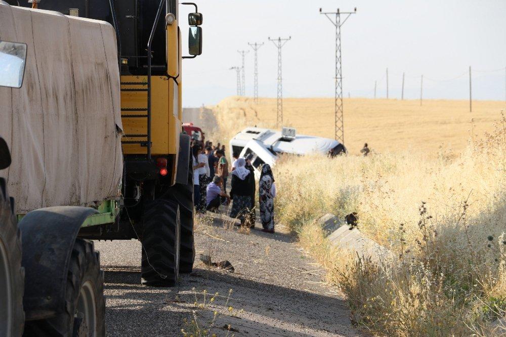Diyarbakır'da Askeri midibüsle minibüs çarpıştı: Yaralılar var