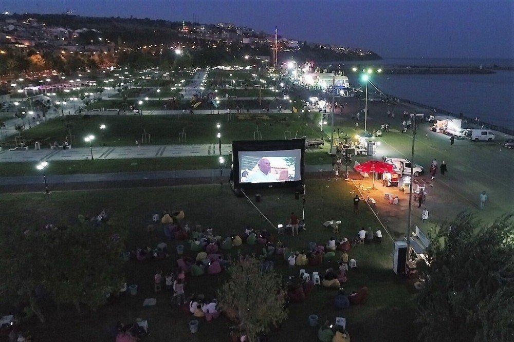 3. Açık Hava Sinema Geceleri Hükümet Kadın Ve Eyvah Eyvah 2 İle Devam Etti