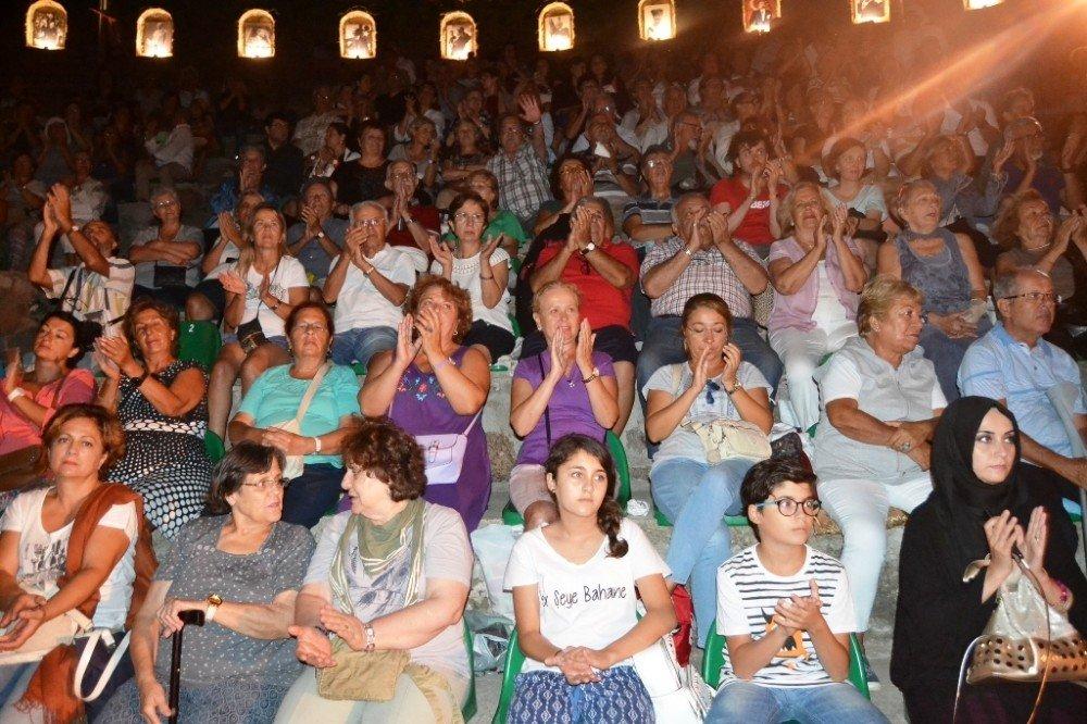 Ayvalık'ta 'Çakıcalı Efe' Destanı
