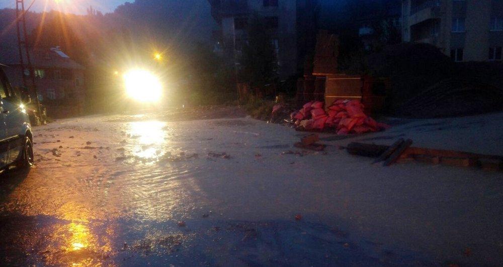 Karadeniz'i Sel Vurdu