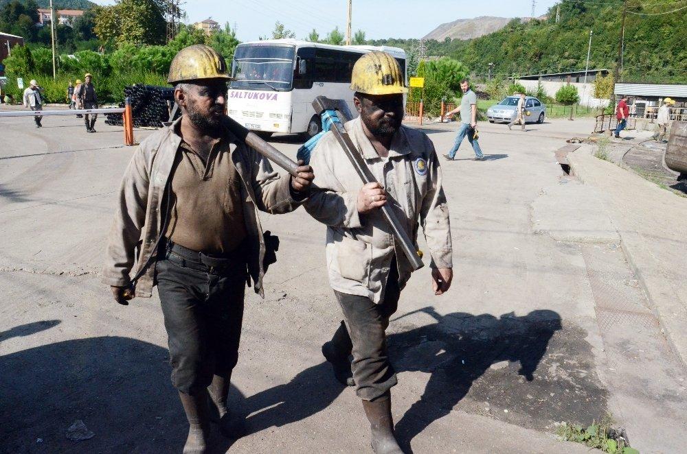 O Madenciler Yine Duygulandırdı