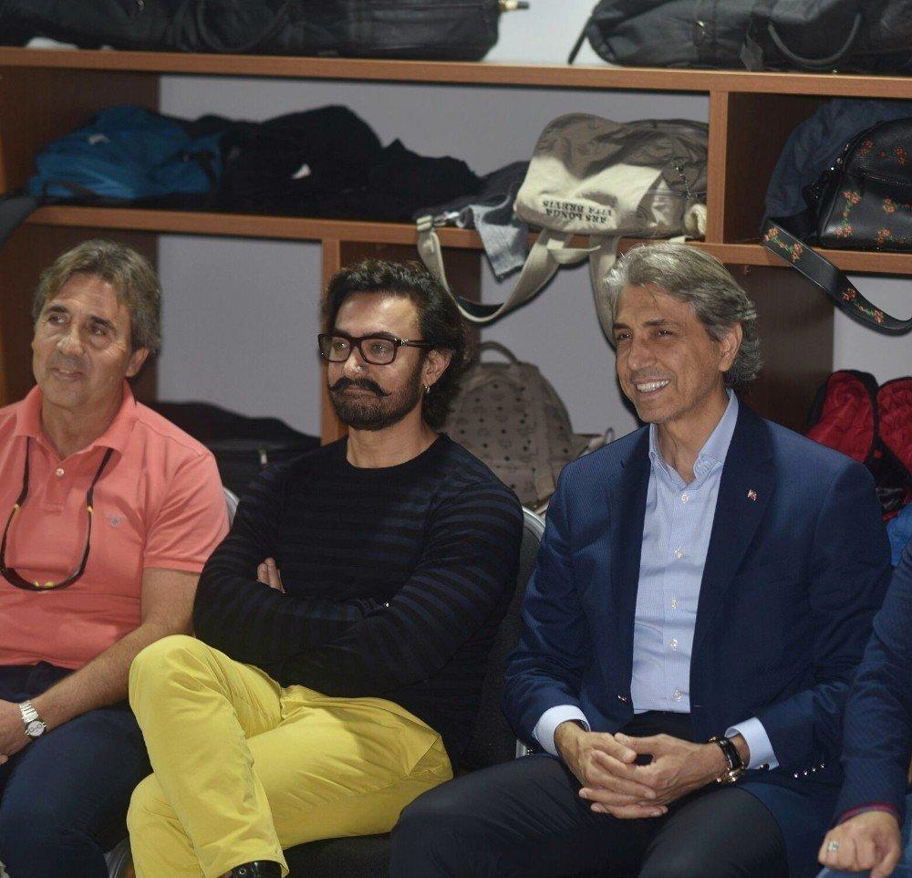 Aamir Khan, Sulukule Sanat Akademisi'ne Hayran Kaldı