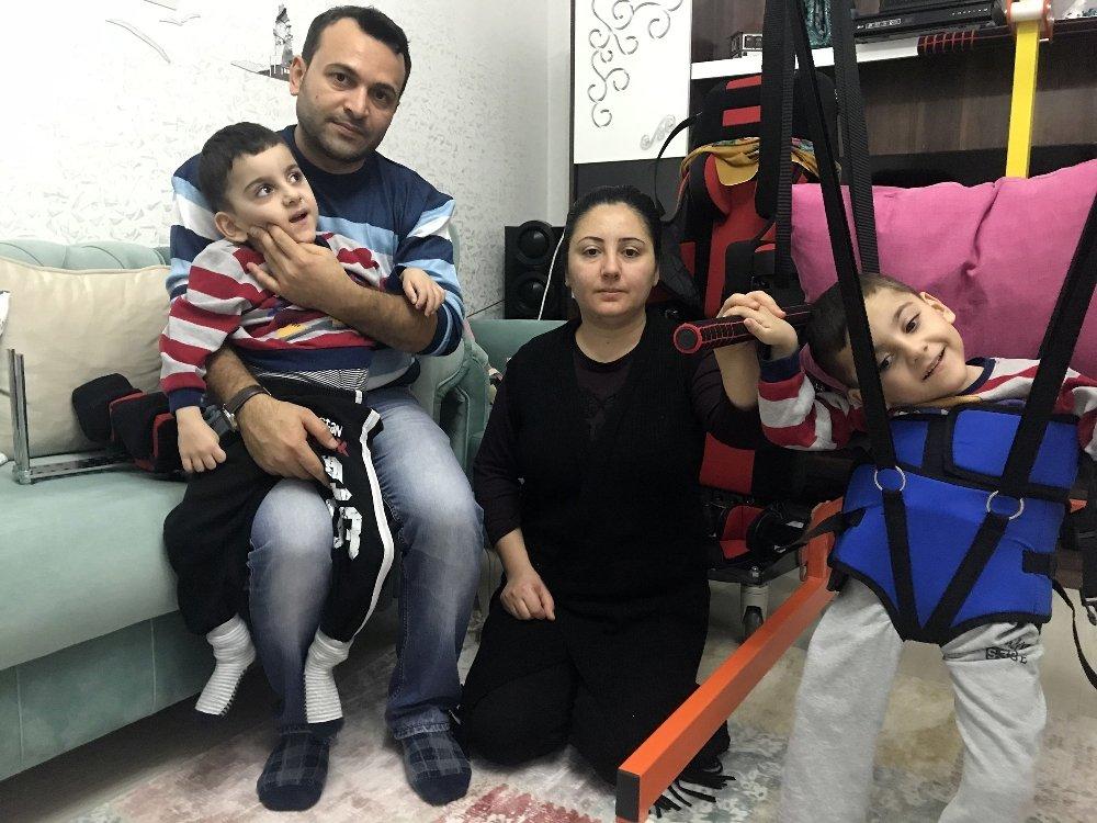 Serebral Palsi Hastası İkiz Kardeşler, Yardım Eli Bekliyor