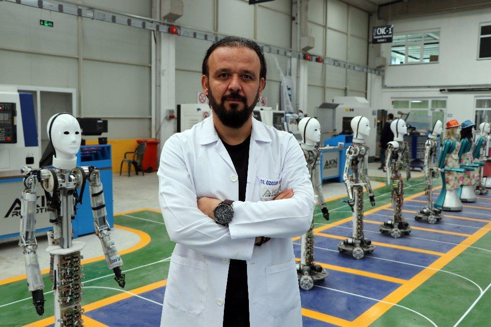 Milli İnsansı Robotun Seri Üretimine Başlandı