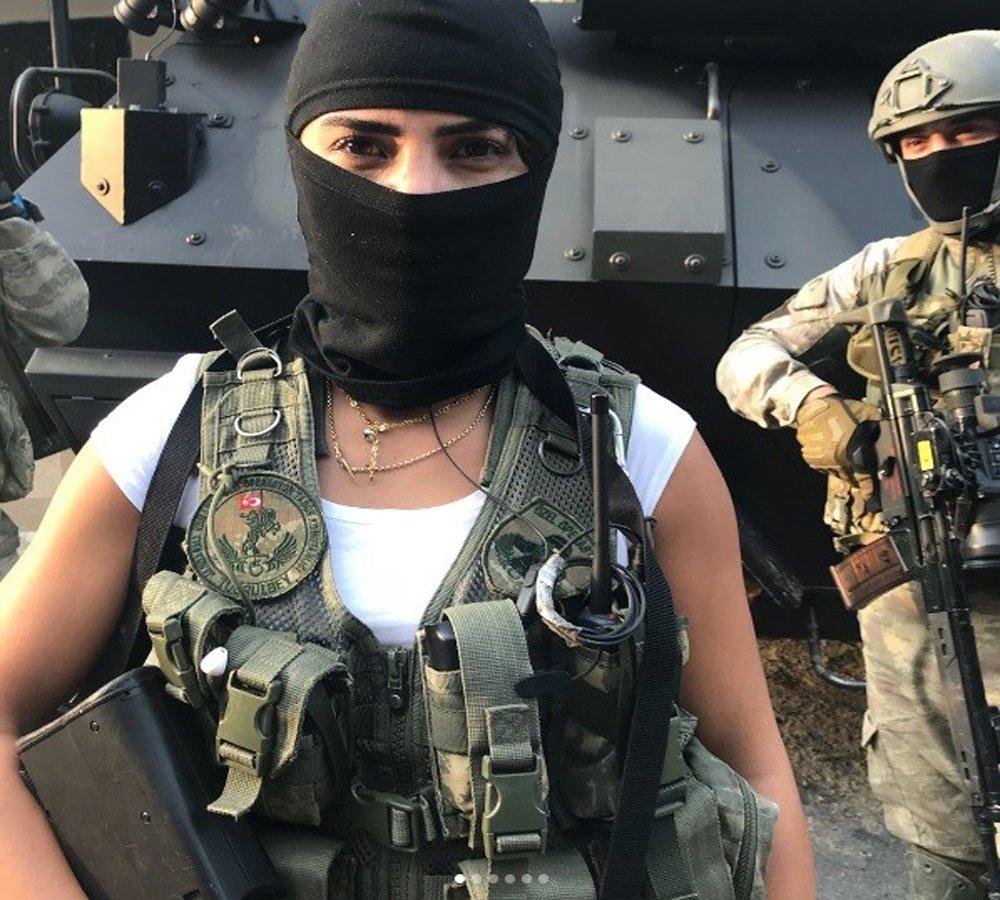 Survivor Sabriye'den Özel Time Moral Ziyareti