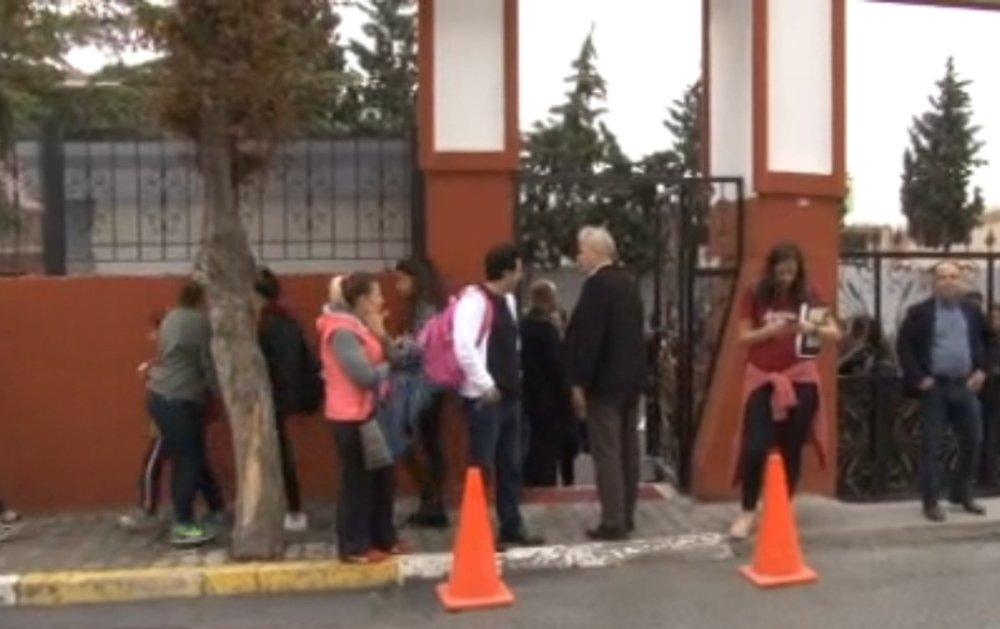 İstanbul Fabrika Yangını Okulu Tatil Etti