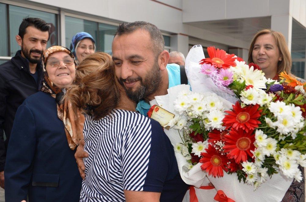 Türkiye'nin Gururu Olmuşlardı: Memleketinde Coşkuyla Karşılandı