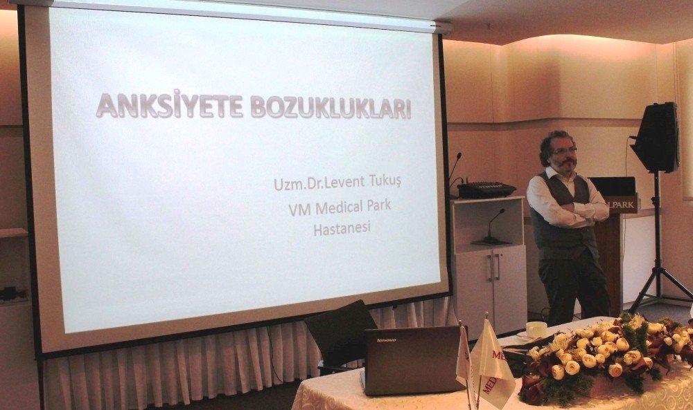 Kartepe'de Eğitimcilere Sağlıklı İletişim Eğitimi