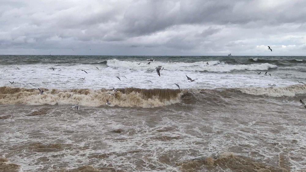 Batı Karadeniz'de Şiddetli Fırtına