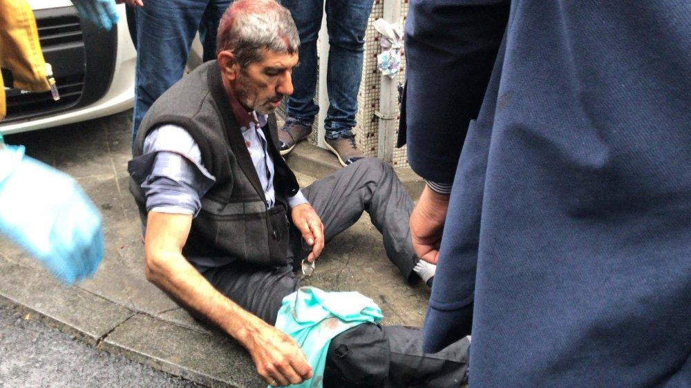 İstanbul'da Silahlı, Bıçaklı, Sopalı Kavga: 1 Ölü, 5 Yaralı