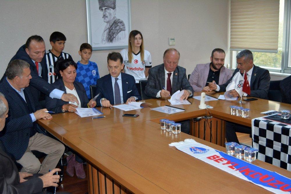 Beylikdüzüspor, Beşiktaş İle 'Kardeş Kulüp' Protokolü İmzaladı