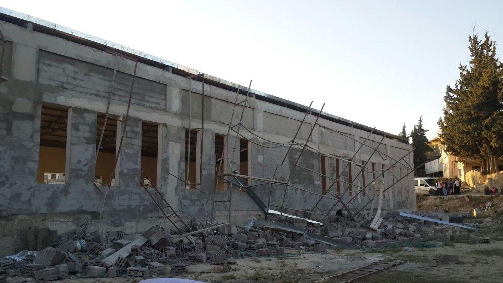 Hatay'da Duvar Çöktü: 1 Ölü, 2 Yaralı