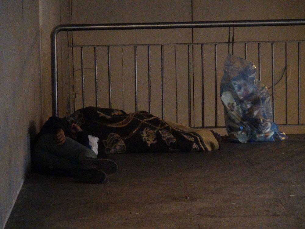 İstanbul'un Göbeğinde: Hali Yürek Burktu
