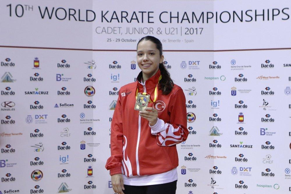 Asena Dünya Karate Şampiyonasında Üçüncü Oldu