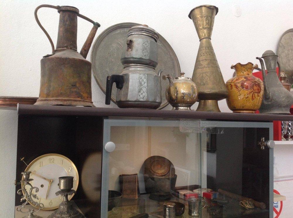 Topladığı Antikalardan Kişisel Müze Oluşturdu