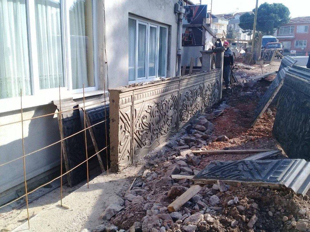 Körfez'de Sokaklara Dekoratif Duvarlar Yapılıyor
