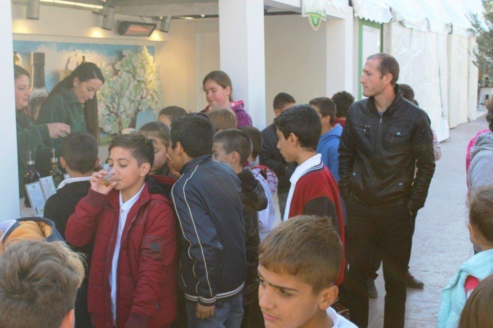 Ayvalık'ta 13. Zeytin Pazarı Açıldı