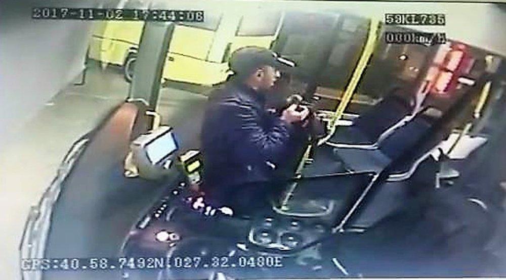 Halk Otobüsünde Hırsızlık: Otobüs Şoförünün Çantası Çalındı