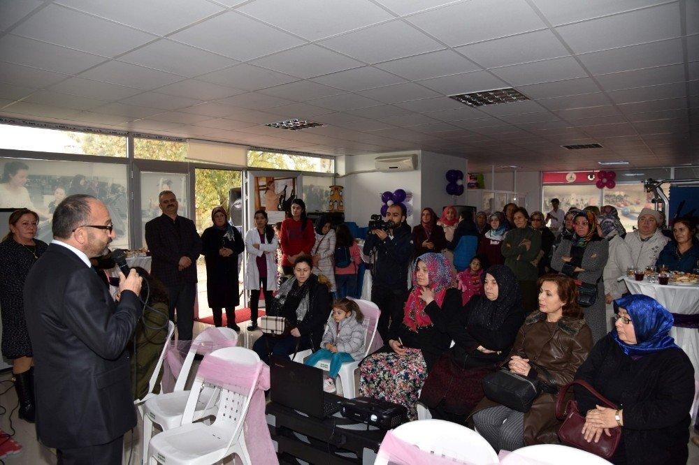 Kartepe'de Gebelik Eğitim Sınıfı Açıldı