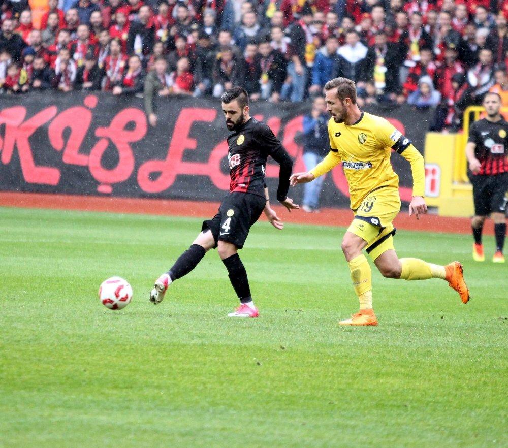 Ankaragücü Eskişehir'de Kazandı