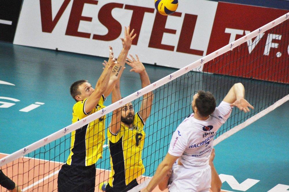 Fenerbahçe Bursa'da Kazandı
