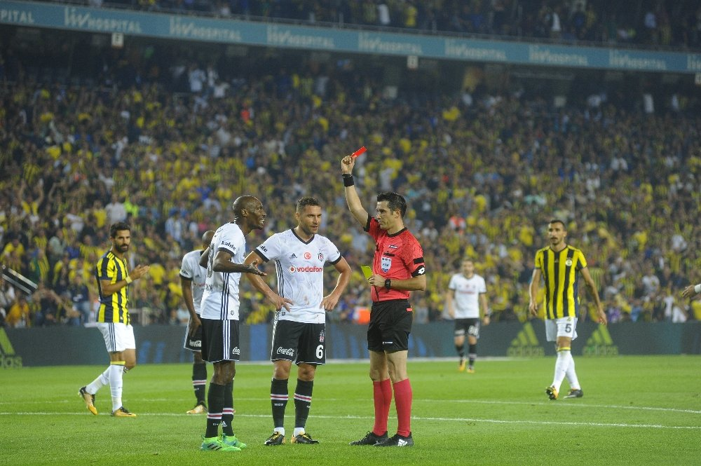 Süper Lig'de 11 Haftada 38 Kırmızı