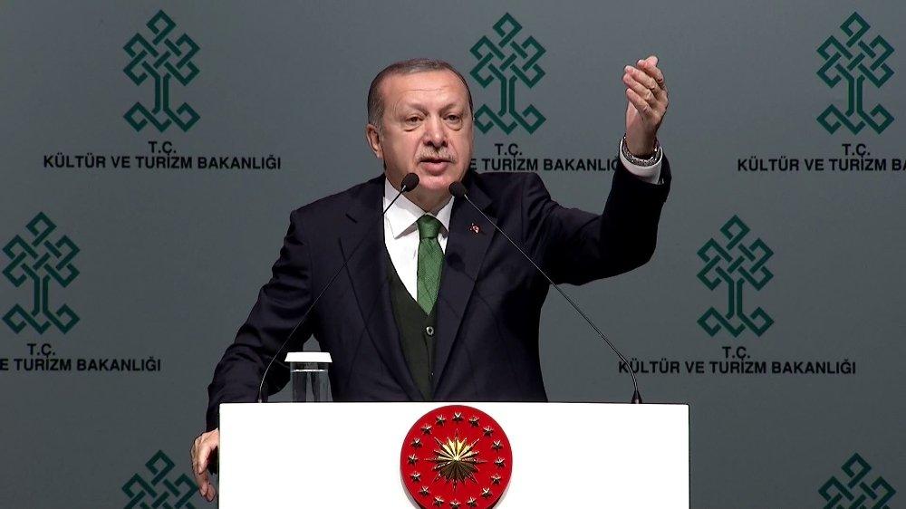 Cumhurbaşkanı Tanıttı: Yeni Akm Büyüledi