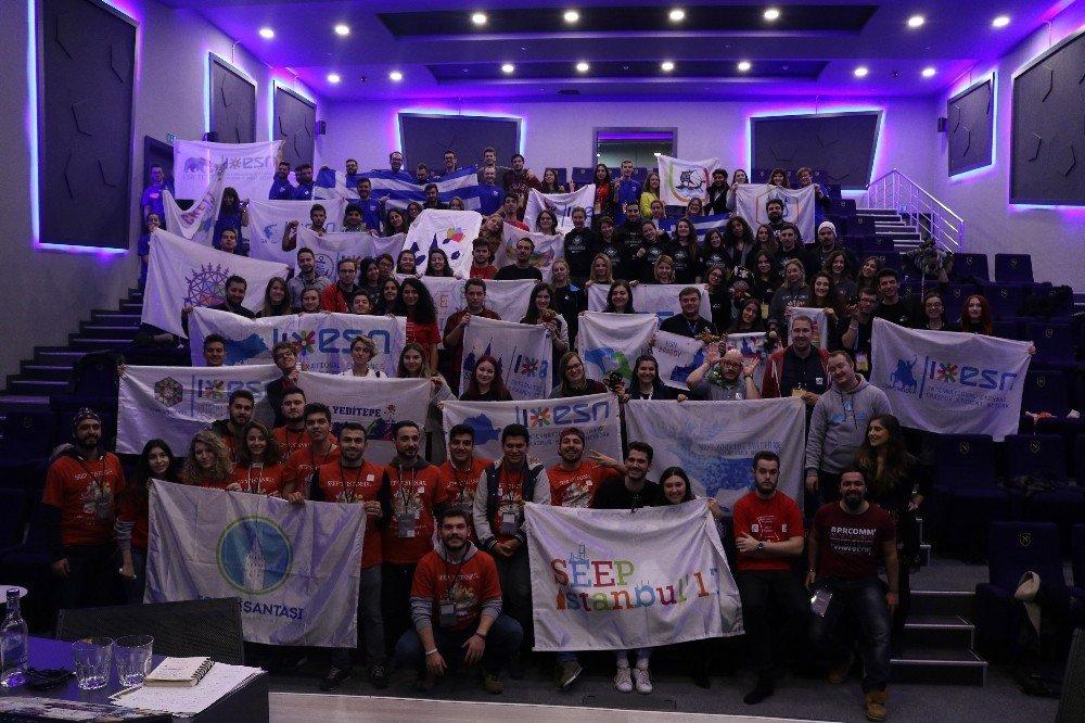 Erasmus Öğrenci Ağı İstanbul'da