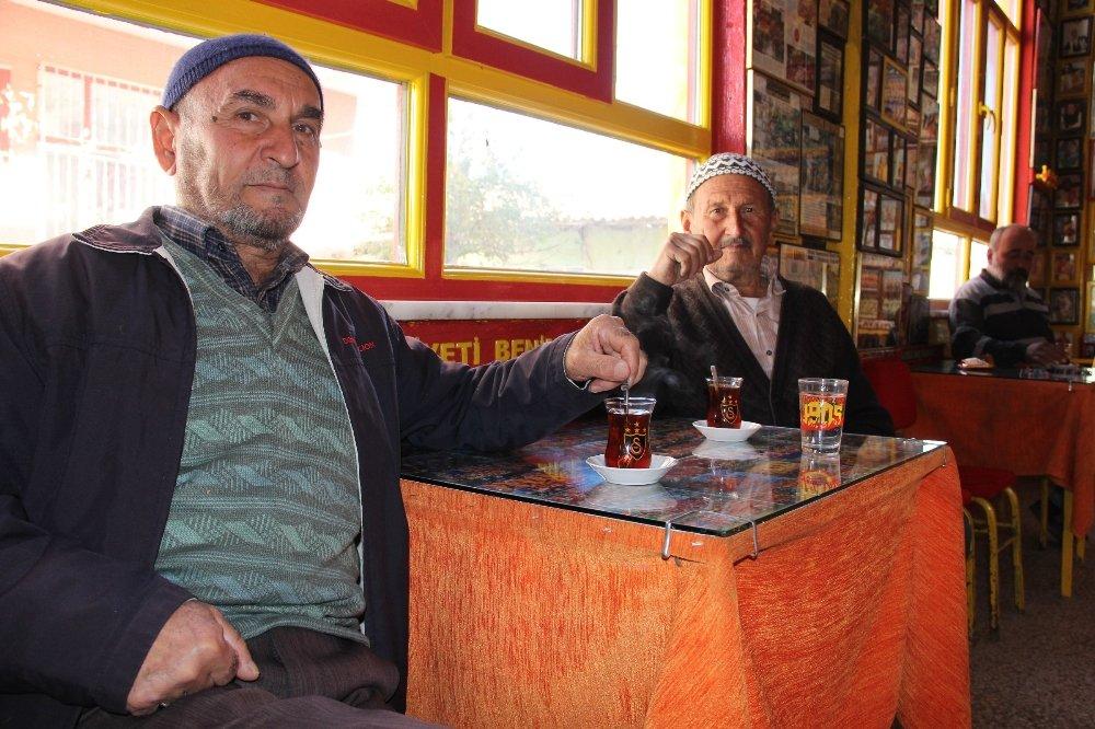 Bu Kahvehanede 5 Yasak Var: 4'ü Fenerbahçe'yle İlgili