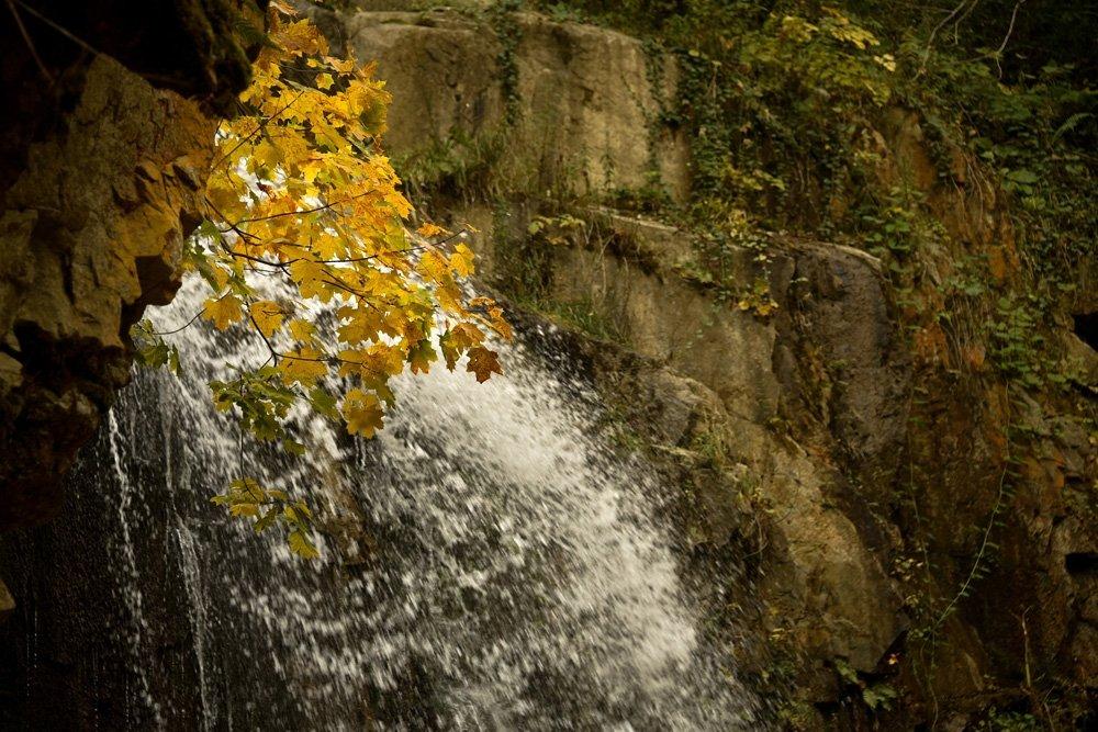 Çağlayandibi Şelalesi Yılın Her Mevsim Güzel
