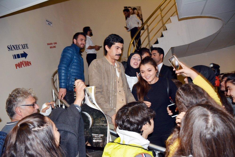 Türkiye'nin Oscar Adayı Ayla'nın Galasına Yoğun İlgi