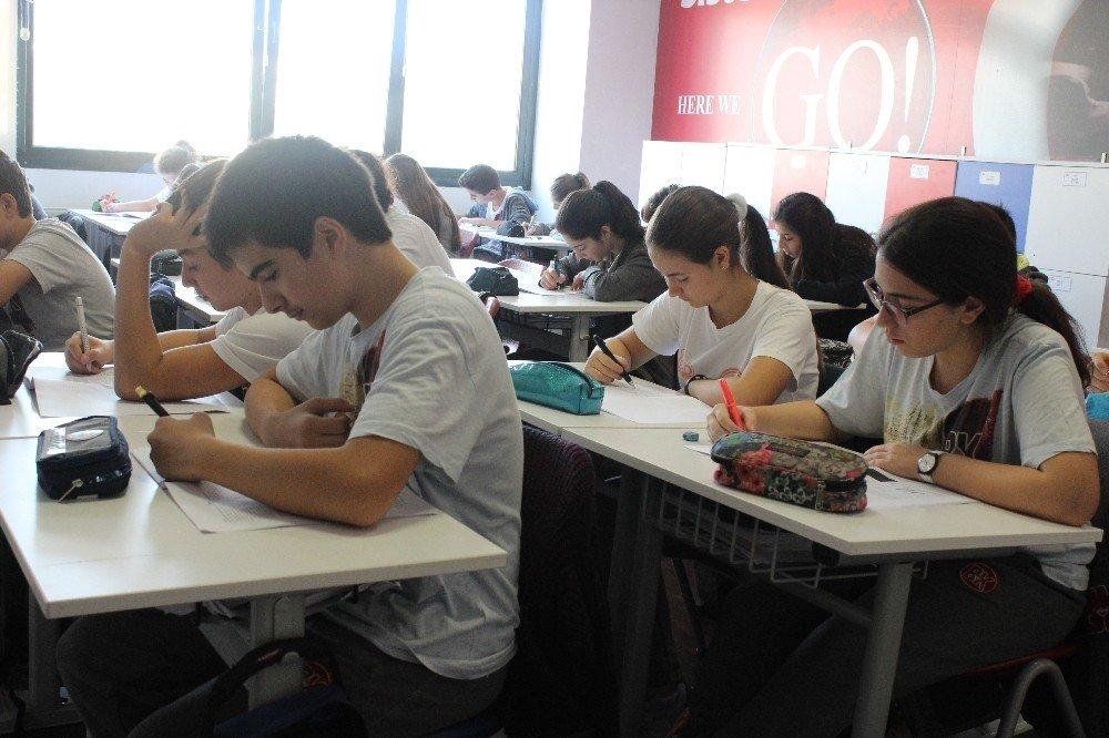 5 Bin Öğrenci Yeni Liseye Giriş Sistemi İçin İlk Denemesini Yaptı