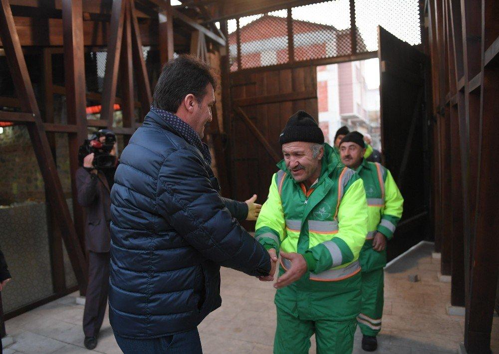 Osmangazi'de Çalgılı Türkülü Temizlik