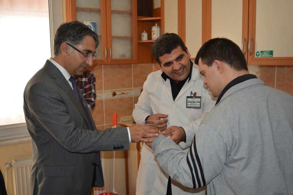 Kaymakam Aydın'dan Özel Eğitim Ve Rehabilitasyon Merkezi Ziyareti