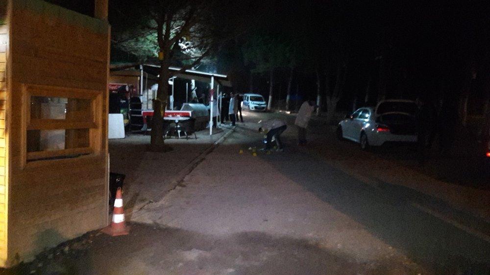 İstanbul'da Silahlı Kavga: 6 Yaralı