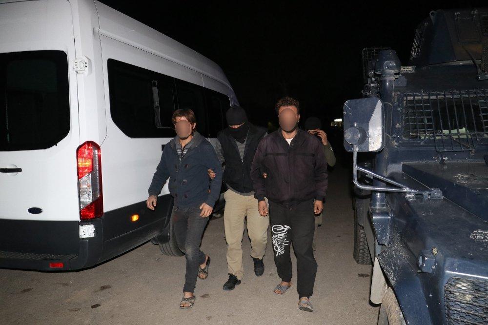 İstanbul Ve Adana'da Deaş Operasyonu: 93 Gözaltı